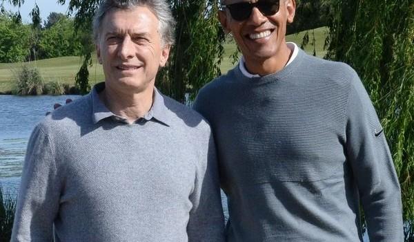 Mauricio Macri y Barack Obama jugaron al golf en Bella Vista y mantuvieron reuniones reservadas . El ex presidente estadounidense pasó también por Córdoba para disertar en una Cumbre de Economía Verde.