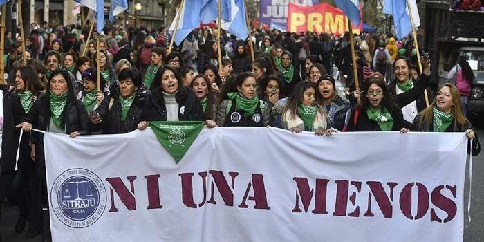 Marcha por el tercer aniversario de Ni Una Menos. Además de los reclamos de género, el eje estuvo en la legalización del aborto.