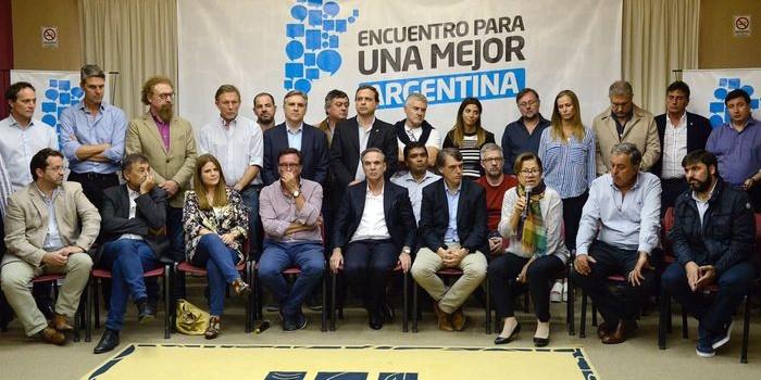 Pichetto reunió en Gualeguaychú a legisladores y dirigentes de los bloques justicialista, el Frente Renovador de Massa y otros cercanos a Randazzo, e inauguraron un espacio peronista enfrentado a Cristina Fernández.