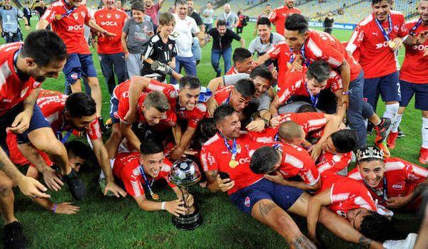 Independiente se consagró campeón de la Copa Sudamericana. Empató 1 a 1 con el Flamengo, en el Maracaná.