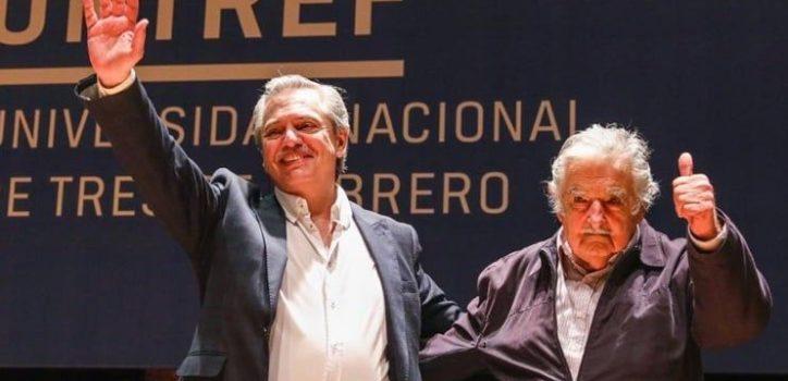"""José """"Pepe"""" Mujica brindó una charla en la Untref sobre cultura, política y capitalismo. El ex presidente uruguayo estuvo acompañado por Alberto Fernández."""
