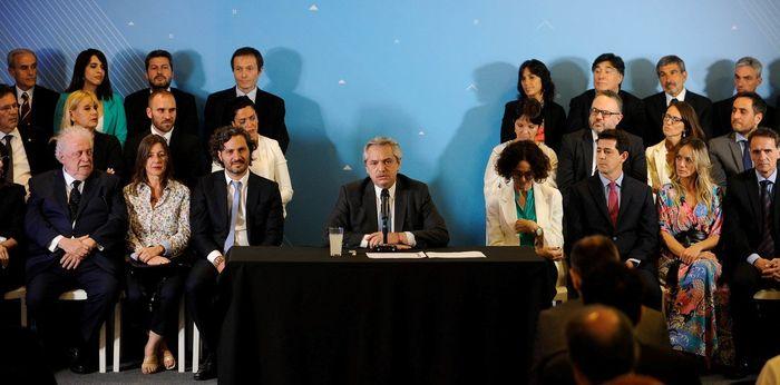 A cuatro días de su asunción, Alberto Fernández presentó al gabinete que lo acompañará en el PE.